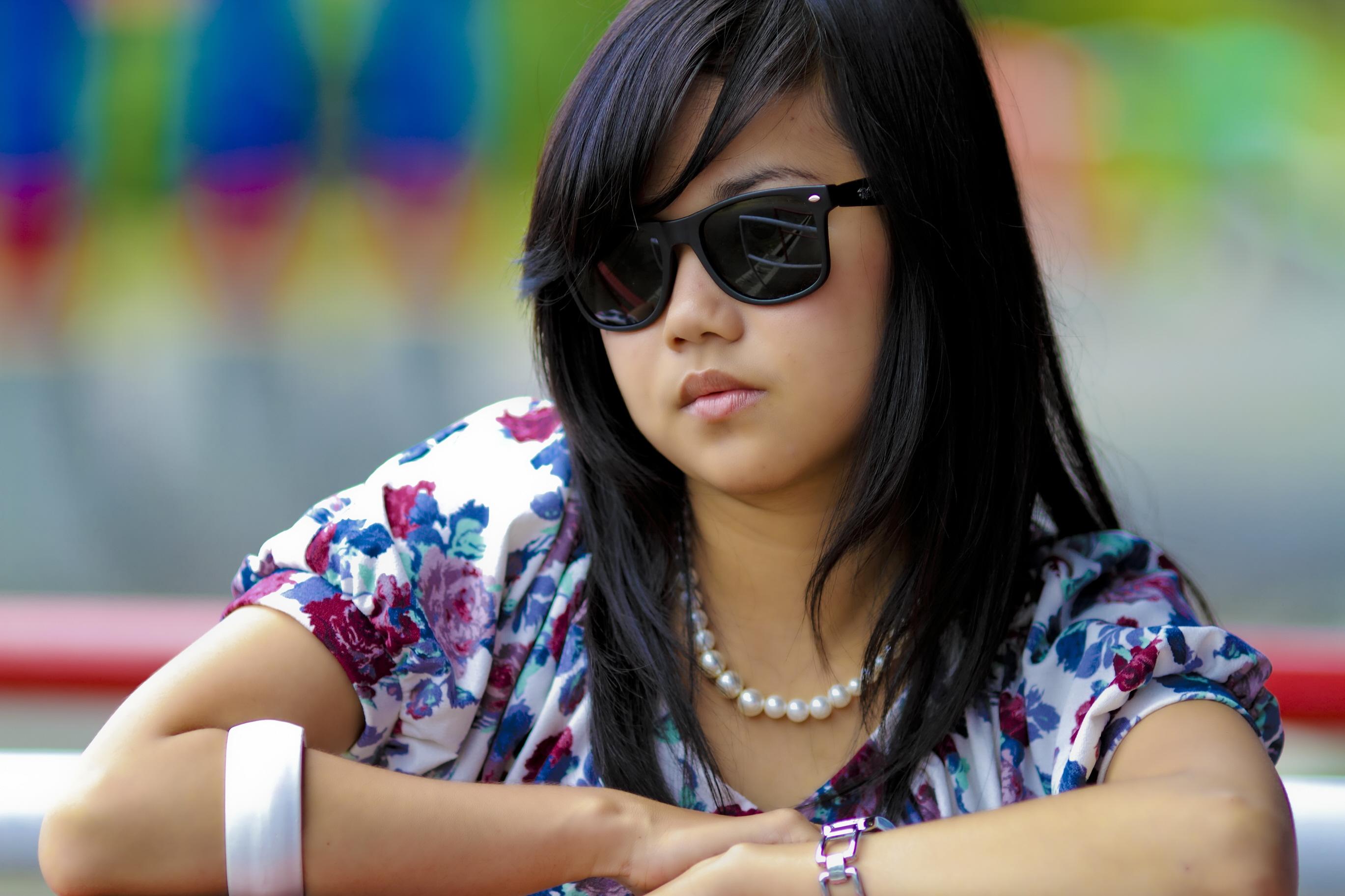 Serious_Asian_girl.jpg